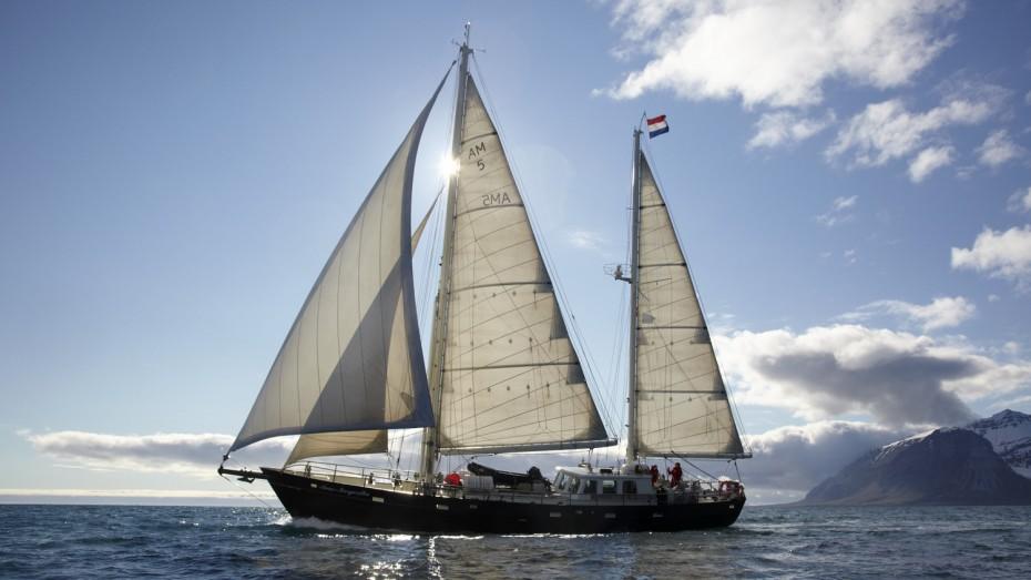 Anne-Margaretha segelt in Spitzbergen