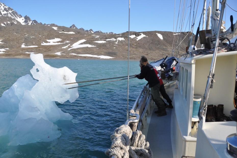 ijsbergje-spitsbergen